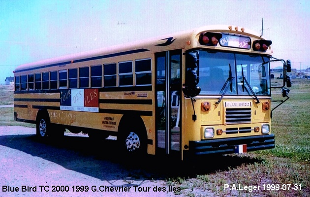 BUS/AUTOBUS: Blue Bird TC2000 1999 Chevrier