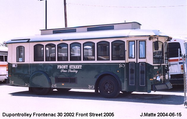 BUS/AUTOBUS: Dupontrolley Frontenac 30 2002 Front Street