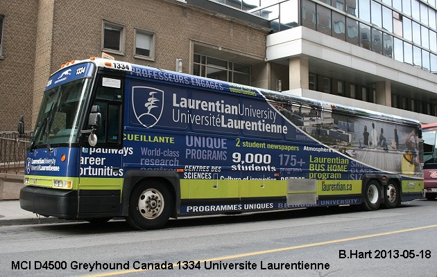BUS/AUTOBUS: MCI D4500 2010 Greyhound Canada