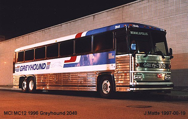 BUS/AUTOBUS: MCI MC12 1996 Greyhound