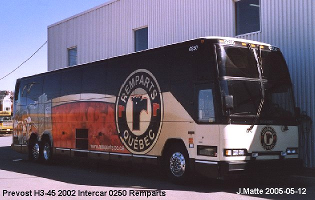 BUS/AUTOBUS: Prevost H3-45 2002 Intercar