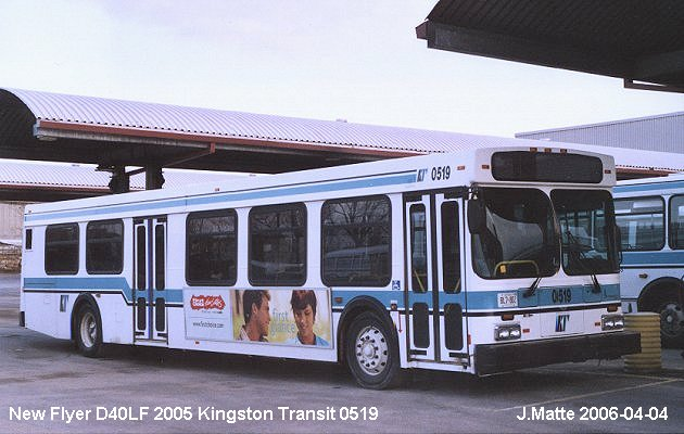 BUS/AUTOBUS: New Flyer D 40LF 2005 Kingston Transit