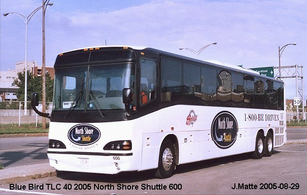 BUS/AUTOBUS: Blue Bird TLC 40 2005 North Shore
