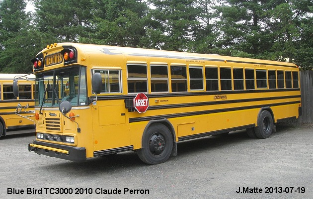BUS/AUTOBUS: Blue Bird TC3000 2010 Perron