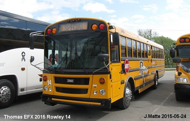 BUS/AUTOBUS: Thomas EFX 45 2015 Rowley