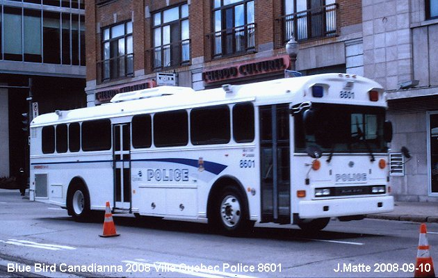 BUS/AUTOBUS: Blue Bird Canadianna 2008 Quebec police