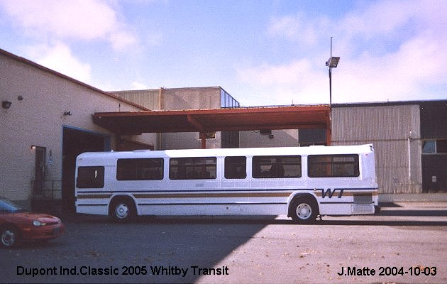 BUS/AUTOBUS: Dupont Industries Classic 2005 Whitby Transit